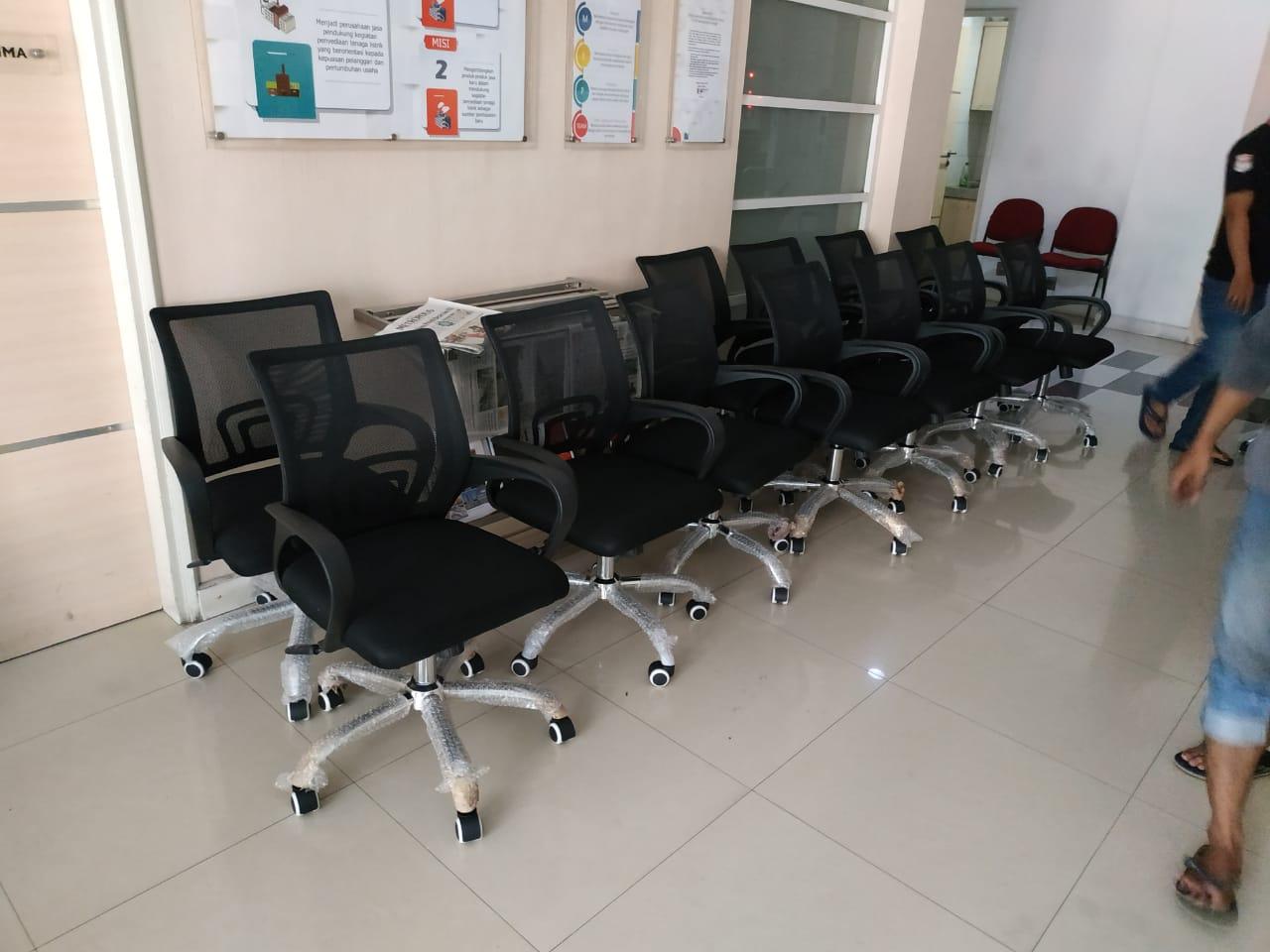 kursi kantor surabaya